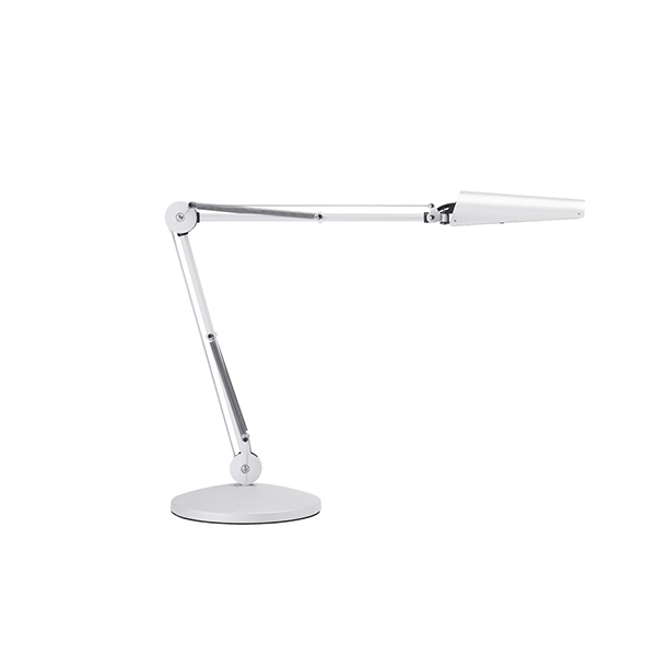 Air LED T60 white base. Assymetrisk AIR LED bordlampe fra Luxo, med stor lysspredning og multijusterbart hoved.