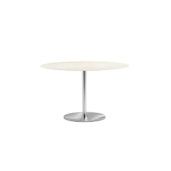 Billede af stort cafebord Ø160 cm på søjle med rund fod