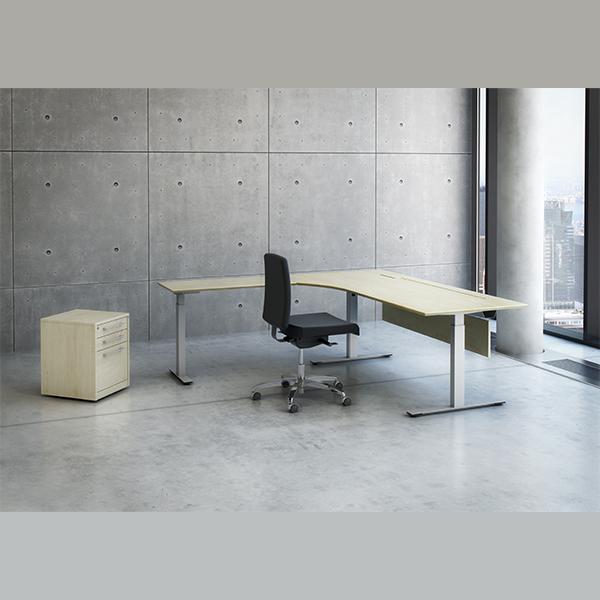 Kombibord med H/S-funktion. Et hæve/sænke-bord med sidebord, som også kører med op og ned.