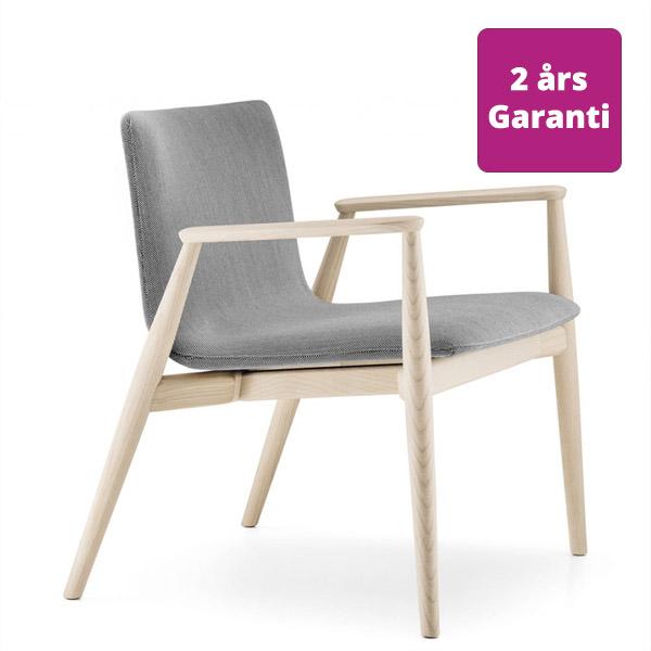 Billede af loungestol træ med armlæn