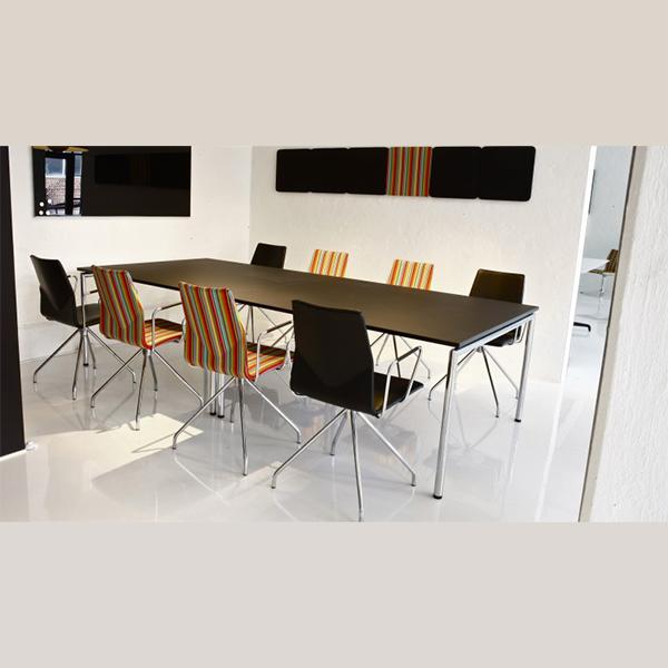 Billede af mødebord bredt