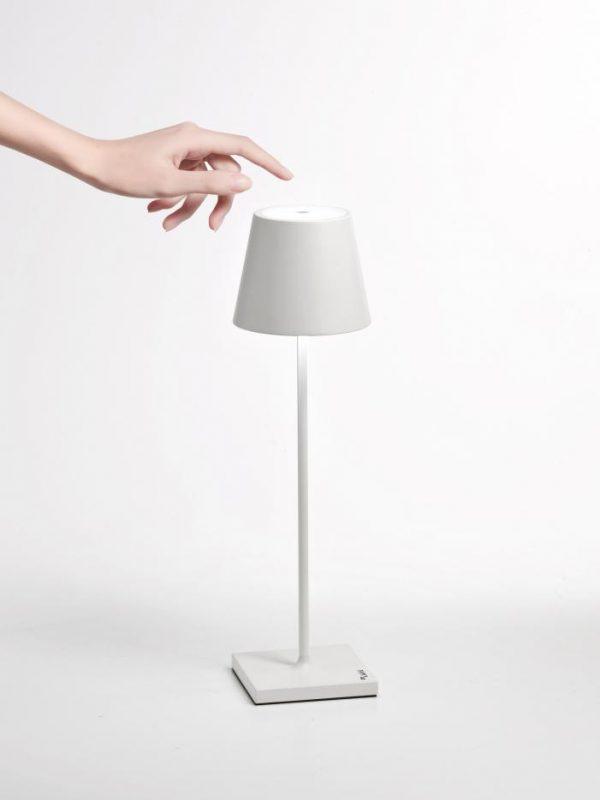 Poldina Bordlampe Lampe Hvid White