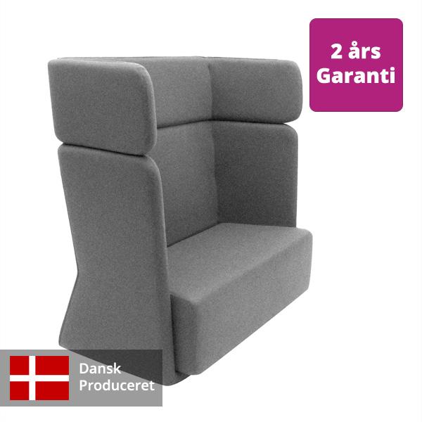 Billede af enkel høj loungesofa i grå