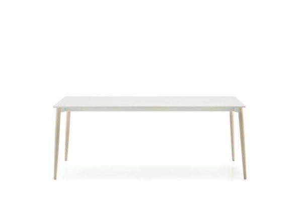 Billede af enkelt spisebord, Malmø