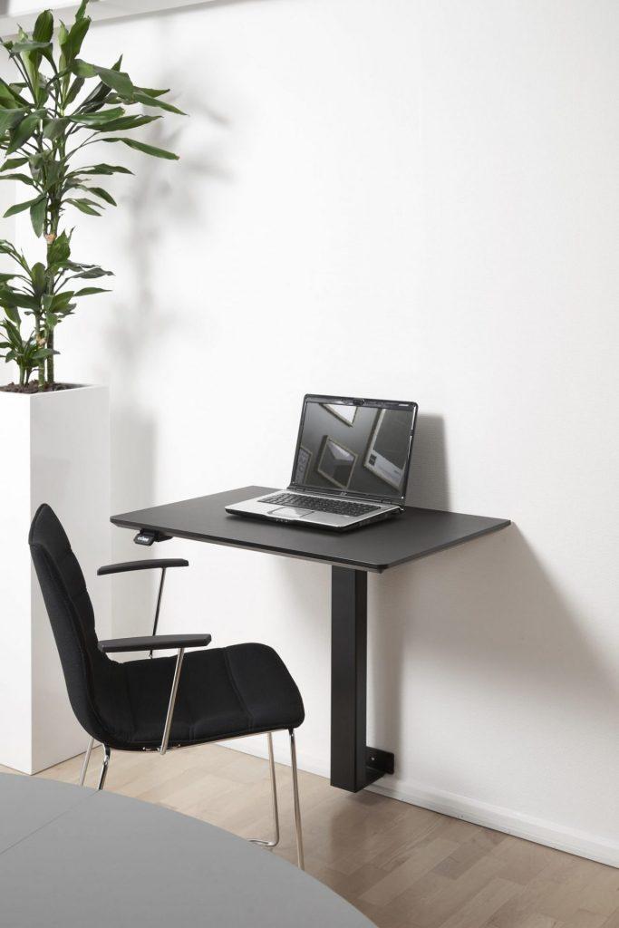 Billede af hæve sænkebord vægmonteret