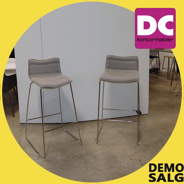 Billede af polstret barstol, demo modeller 4 stk.